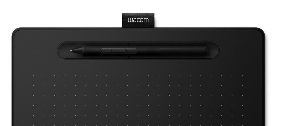 Wacom-Intuos_M_black_Pen_in_tray_Closeup