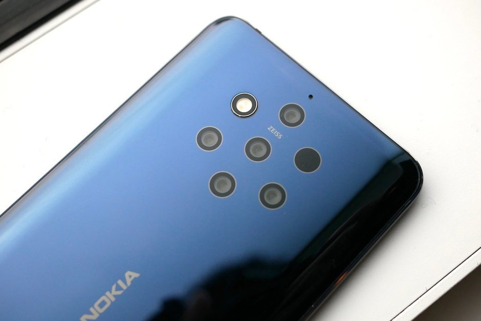 Nokia-9-PureView-the-worlds-first-quintuple-camera-smartphone-is-here