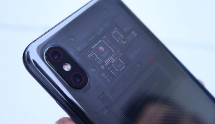 Xiaomi-Mi-8-Explorer-Edition-2-700x405
